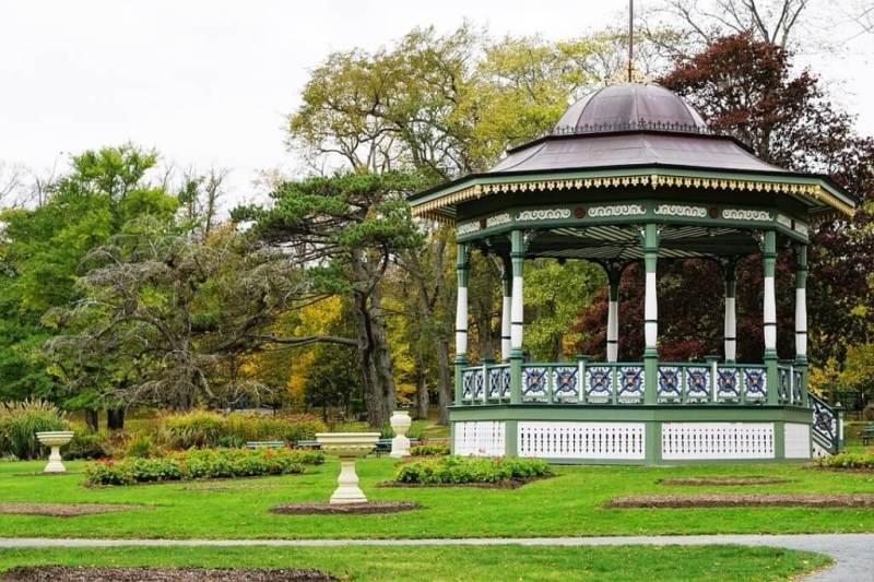 Public Gardens - Halifax in summer