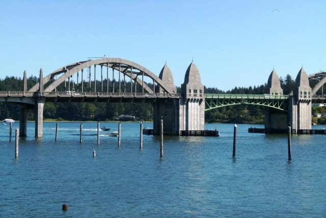 Siuslaw River Bridge - Things To Do In Florence, Oregon