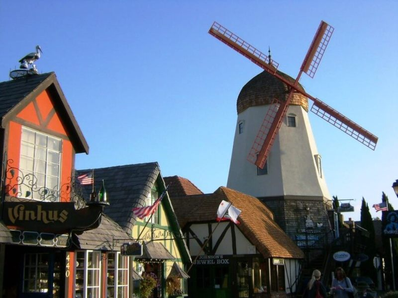 Solvang - Beautiful Small Towns In California