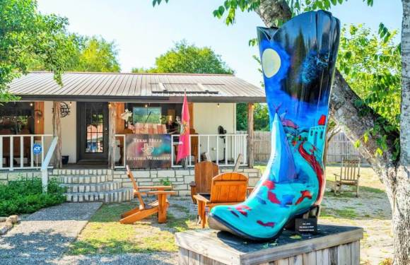 11 Beautiful Small Towns In Texas You Must Visit