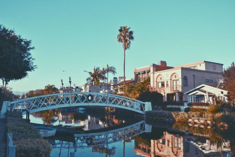Venice Canal Historic District - Los Angeles Itinerary