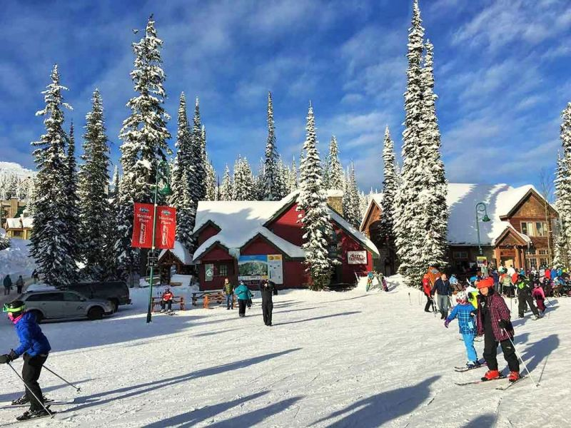 Big White Ski Resort - Places to visit in Canada in winter