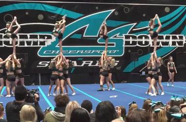 5-of-the-most-impressive-cheerleading-showcase-performances-2017