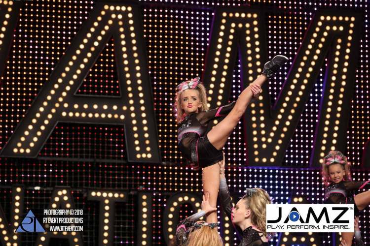 JAMZ-Nationals-2019-Cheerleading-Worlds-bid-competition