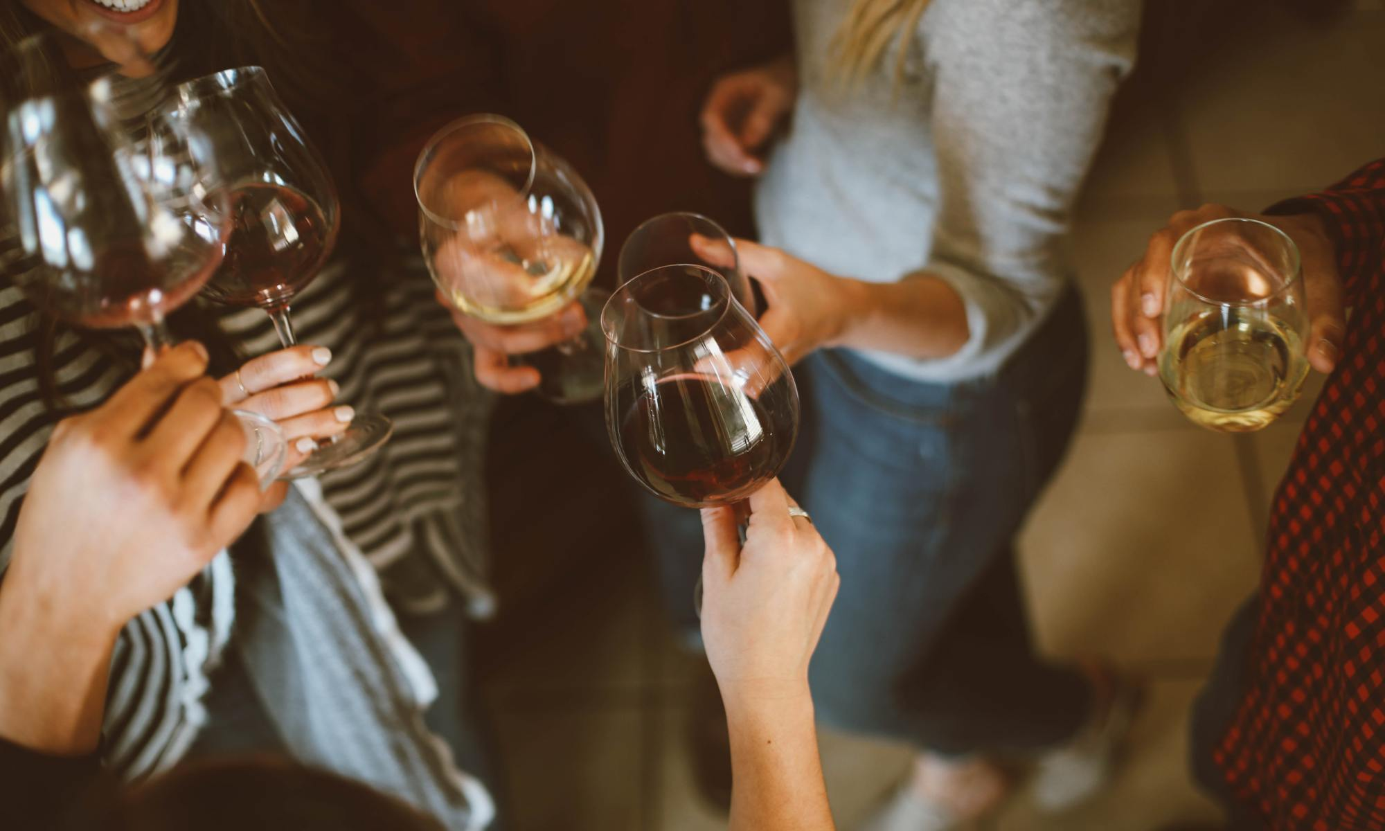 Top non-alcoholic wines, Picture courtesy of Kelsey Chance @ Unsplash
