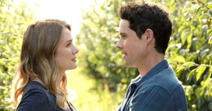 'Love Under the Olive Tree': fecha de lanzamiento, trama, reparto, tráiler y todo lo que necesitas saber sobre la próxima película romántica de Hallmark