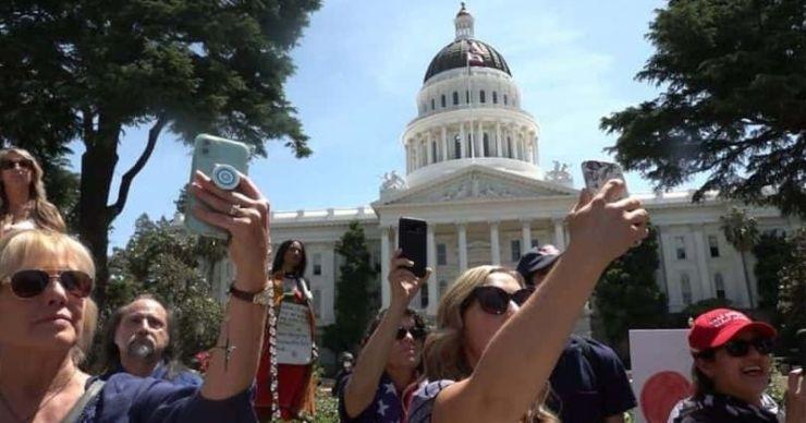 'American Selfie: One Nation Shoots Itself': fecha de lanzamiento, trama, tráiler y todo lo que necesitas saber sobre el docu de Showtime