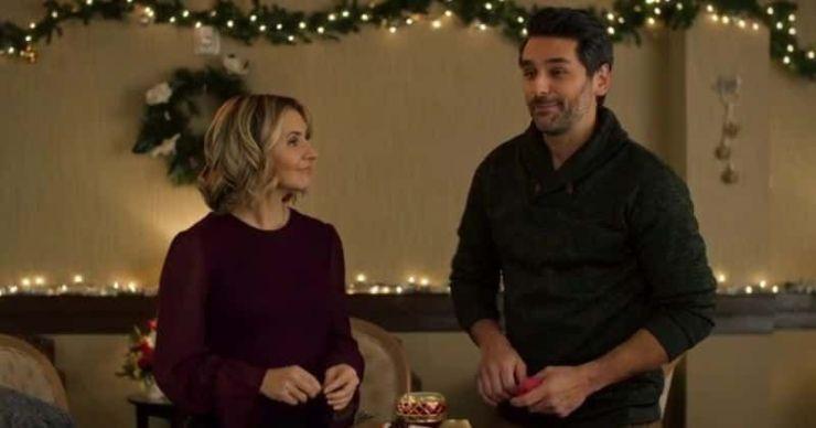 'Candy Cane Christmas': la película navideña de toda la vida te levanta el ánimo con la historia de amor de Phoebe y Eric