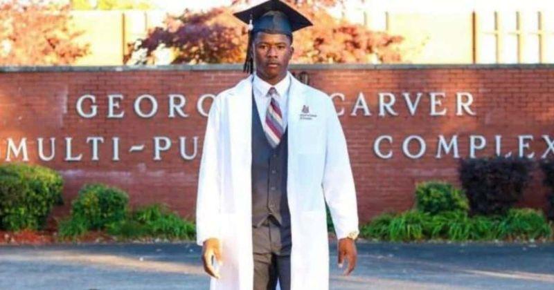 Día de Jelani: 5 cosas que debes saber sobre la muerte de un graduado de la Universidad de Illinois