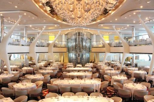Das Hauptrestaurant 'Silhouette Dining Room'