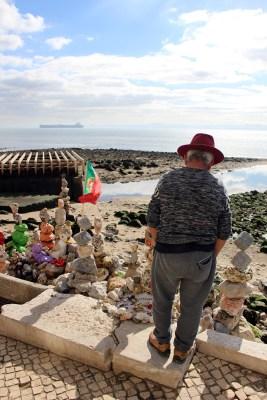 Straßen- und Strandkunst ist allgegenwärtig in Lissabon