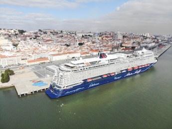 Mein Schiff 2 in Lissabon