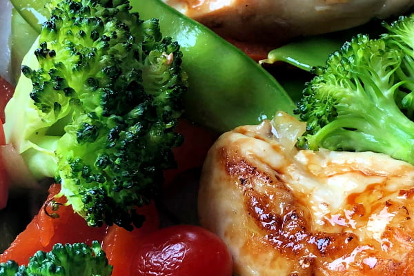 Get your favorite takeout flavors in this easy, 20-minute meal, Saucy Asian Chicken and Broccoli Sheet Pan Dinner.  We love the Asian flavors of this dish and my family really likes it served over big bowls of rice.