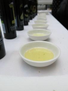 verschiedenste Olivenöle hmm!