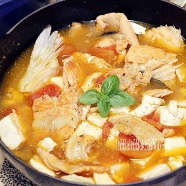 三文魚番茄豆腐湯