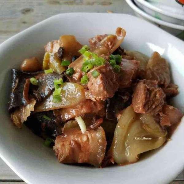 鹹酸菜燜豬肉