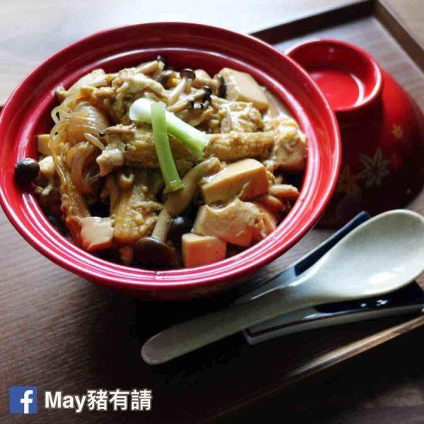 滑蛋豆腐鮮菌蓋飯