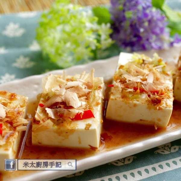 梅汁木魚香葱凍豆腐