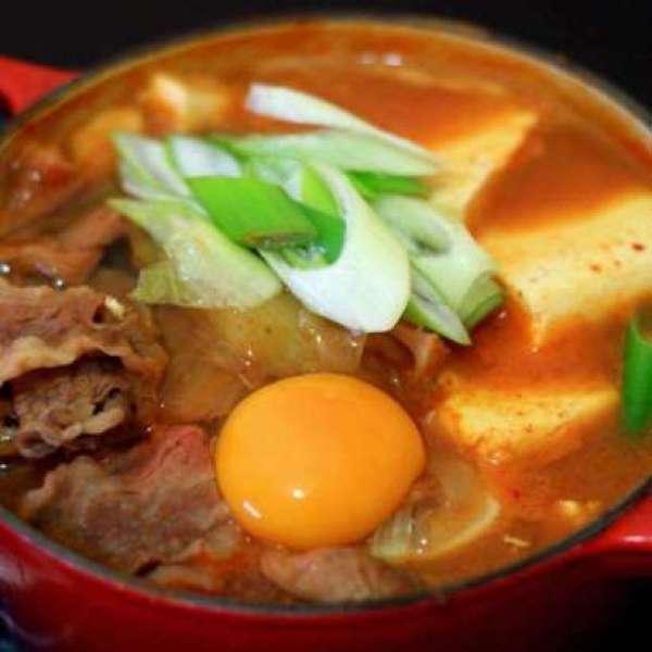 泡菜豆腐牛肉鍋