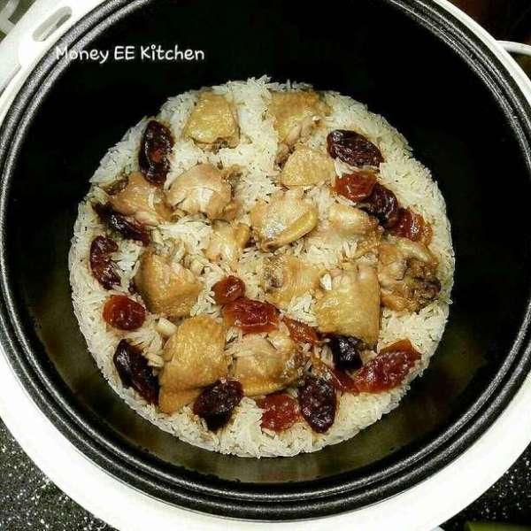 臘腸蒸雞飯 (電飯煲版)