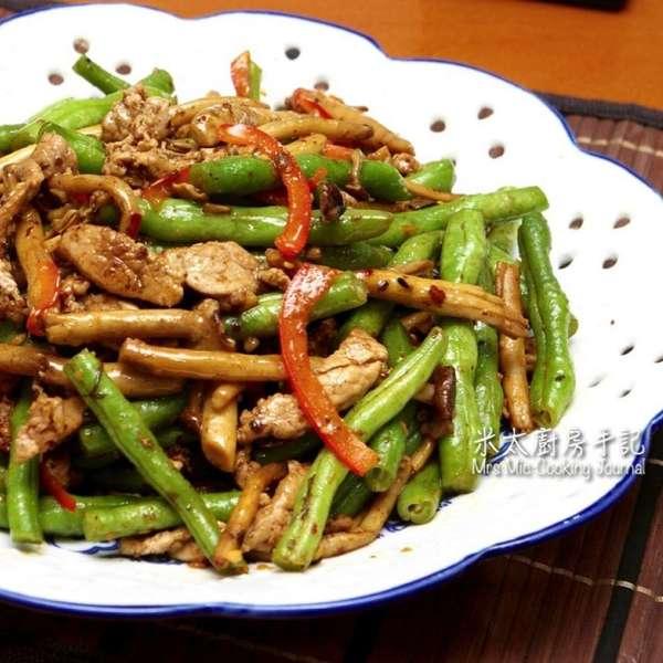 豉香茶樹菇豆角炒肉絲