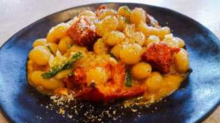 Controne Beans with Roasted Plum Tomatoes, 'nduja, Garden Herbs, Pecorino Cheese & Black Pepper Hamptons Cooking