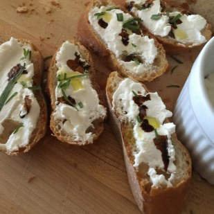 Ricotta with olive oil and balsamic vinegar