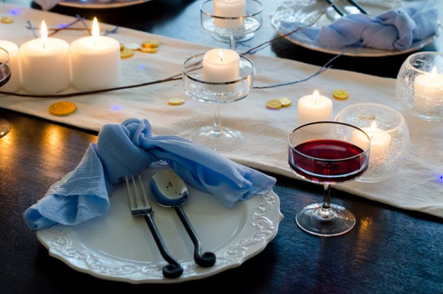 Rustic Hanukkah Tablescape from ChefSarahElizabeth.com