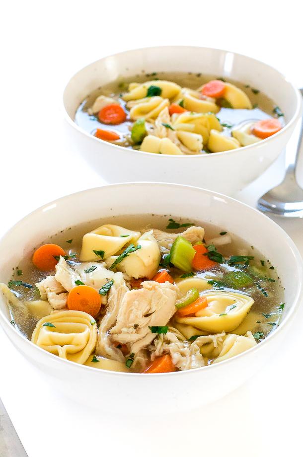 Chicken Tortellini Soup | chefsavvy.com