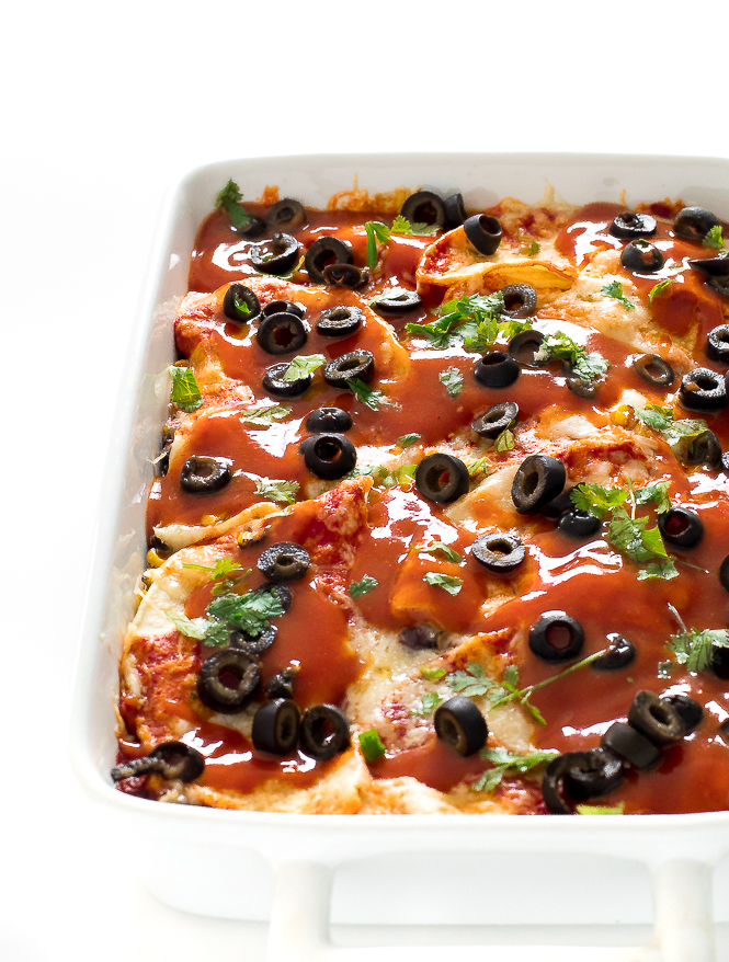 Vegetarian Enchilada Casserole | chefsavvy.com