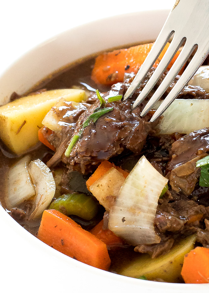 Slow Cooker Guinness Beef Stew | chefsavvy.com
