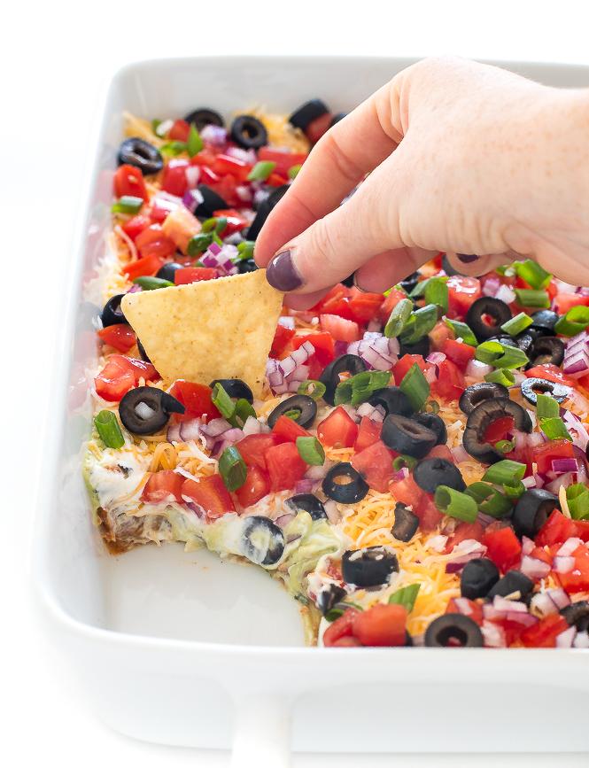 7 Layer Bean Dip | chefsavvy.com