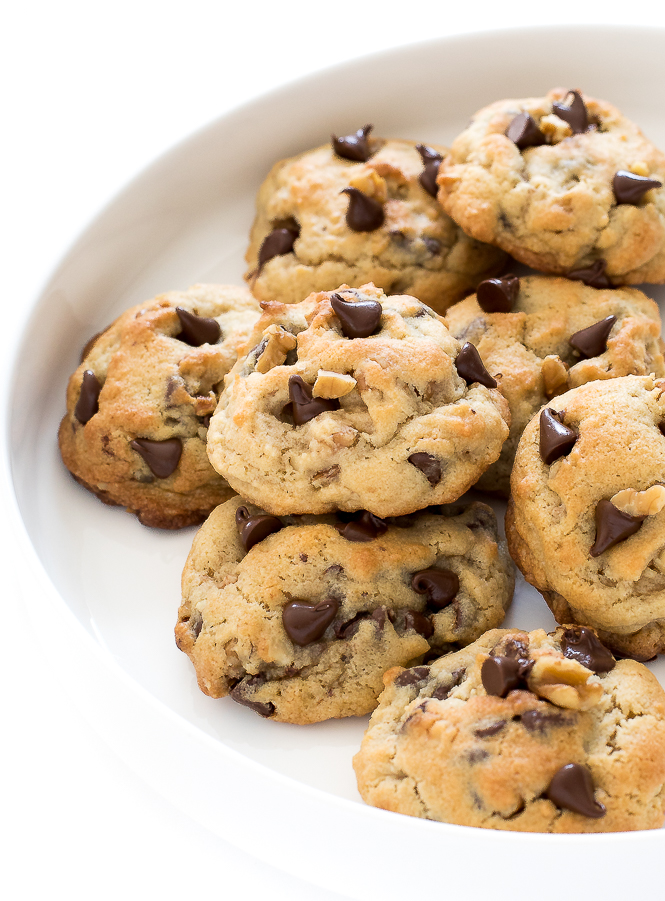 Thick Chocolate Chip Walnut Cookies | chefsavvy.com