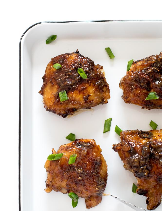 Vietnamese Caramel Chicken | chefsavvy.com