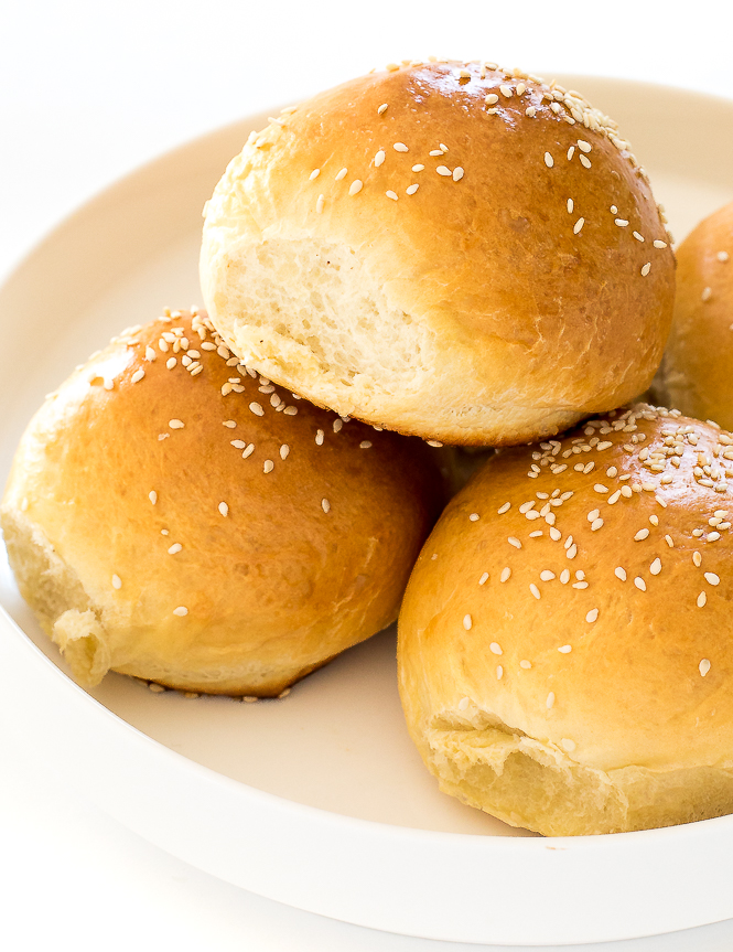 Homemade Sandwich Buns | chefsavvy.com