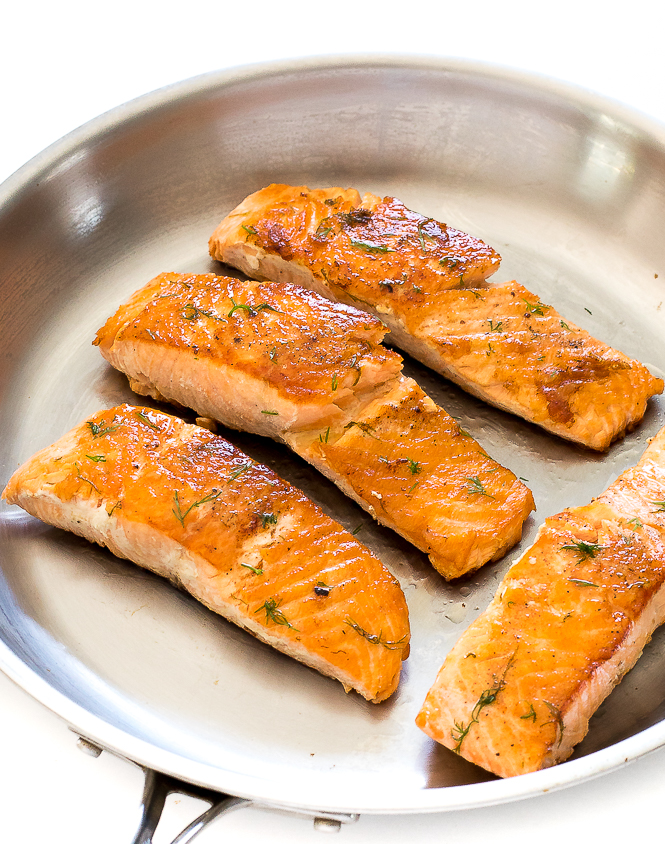 Salmon with Lemon Dill Butter | chefsavvy.com