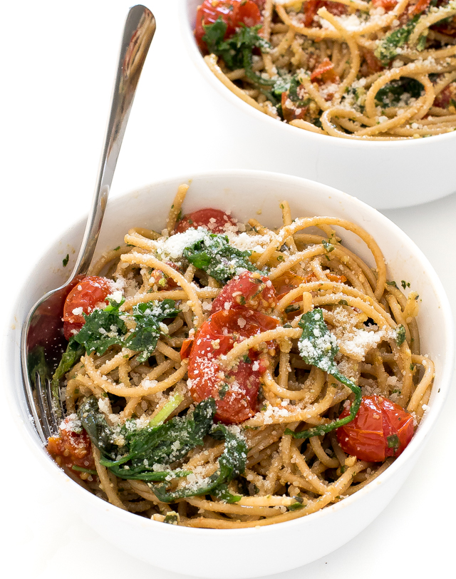 Walnut Pesto Pasta (Ready in 35 minutes!)