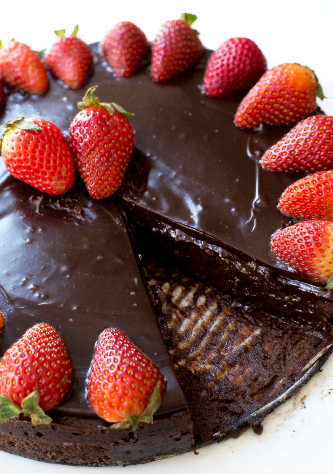 rich-flourless-chocolate-cake