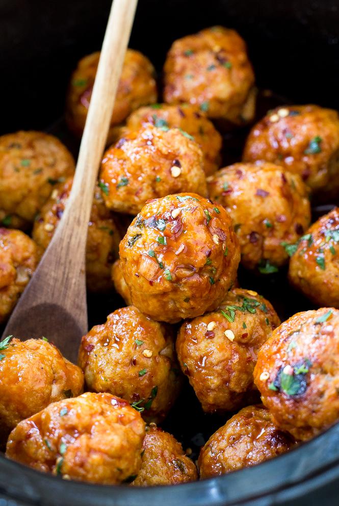 Slow Cooker Firecracker Chicken Meatballs | chefsavvy.com