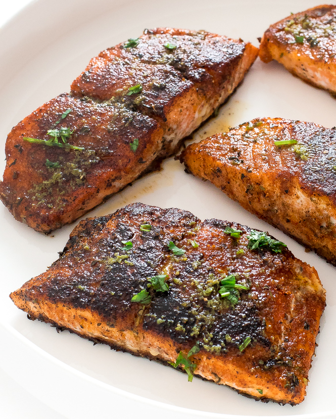 Salmon sprinkled with fresh parsley | chefsavvy.com