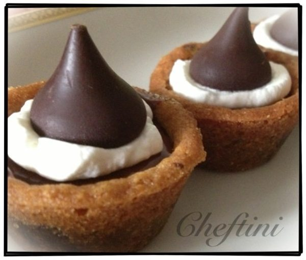 Chocolate Chip Cookie Cups