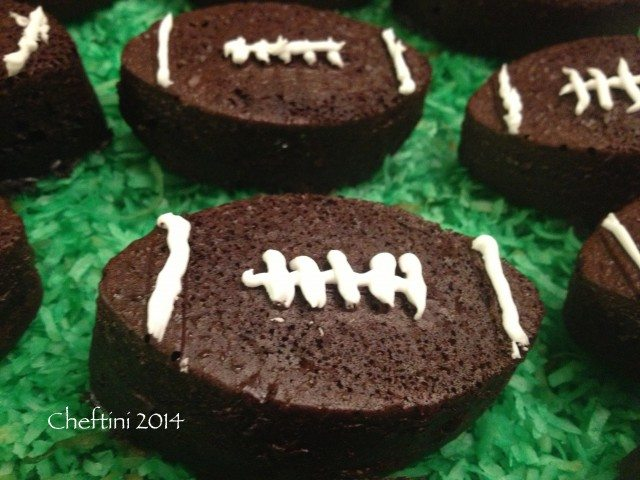 Game Day Cupcakes and Party Theme