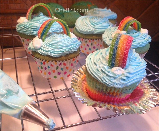 Rainbow Cupcakes with airhead xtremes