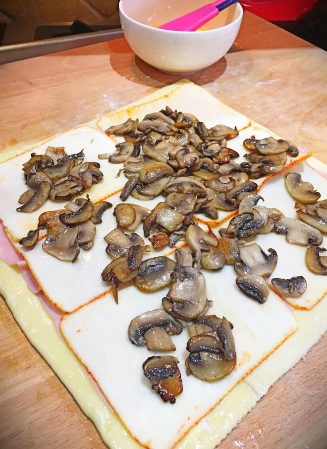 ham-cheese-mushrooms-puff-pastry-pinwheel