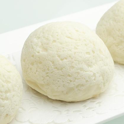 Baked almond creamy paste buns