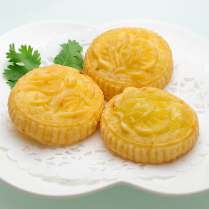 Pan-fried pumpkin and red bean paste cake