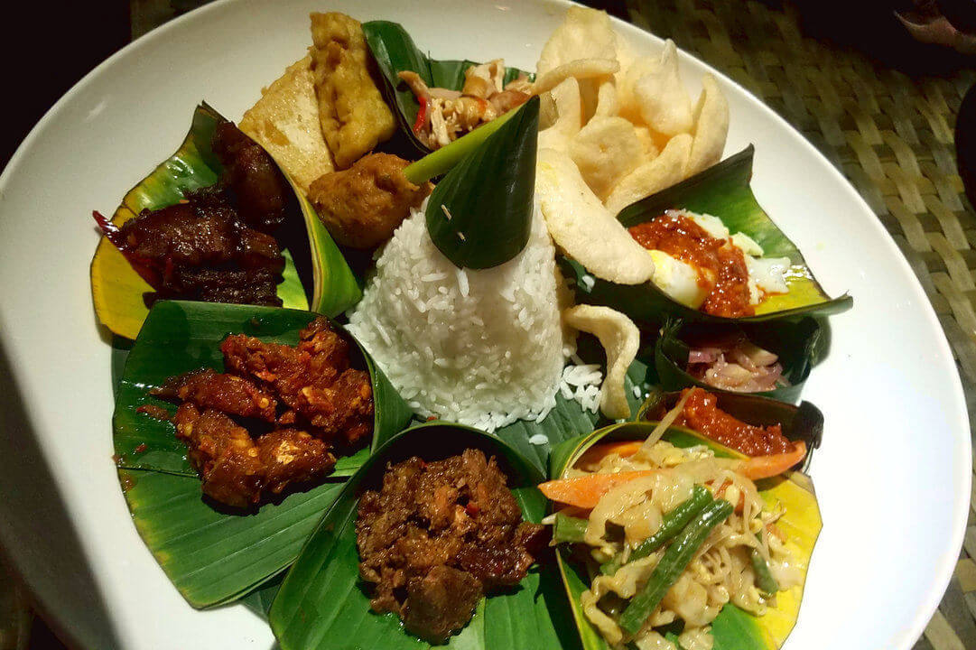 Bali Food Guide: 15 Best Foods You Must Eat in Bali - Chef ...