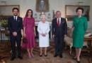 Королева Рания с мужем и сыном встретились с Елизаветой II и принцессой Анной