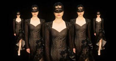 Неделя высокой моды в Париже открылась показом российского модельера