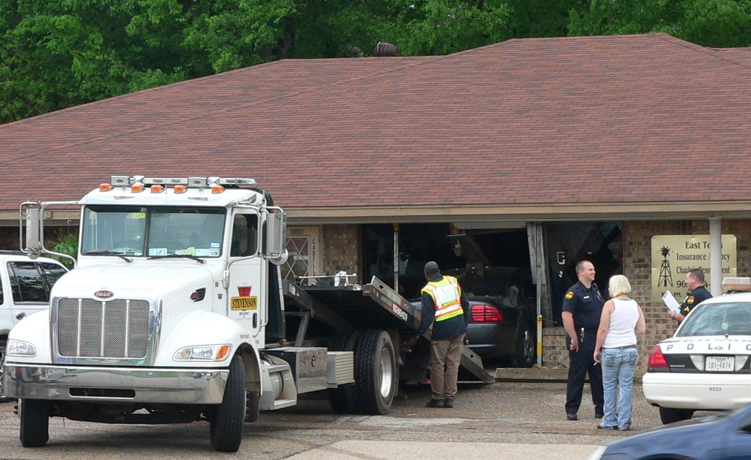 car-crash-into-building2